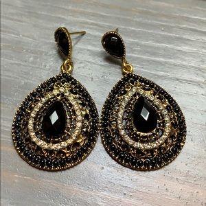 New Black/Gold/Rhinestone Tear Drop Earrings